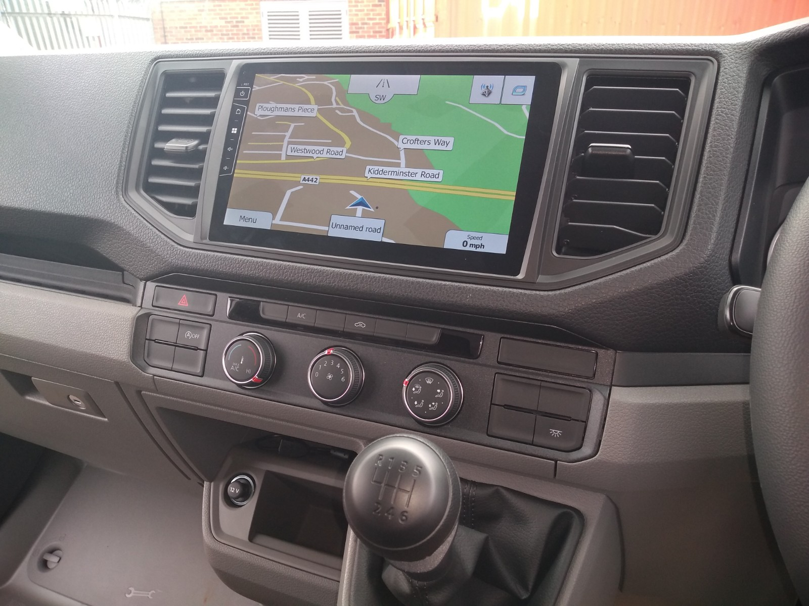 Navigatie VW Crafter vanaf 2017 touch Screen parrot carkit apple carplay android auto TMC