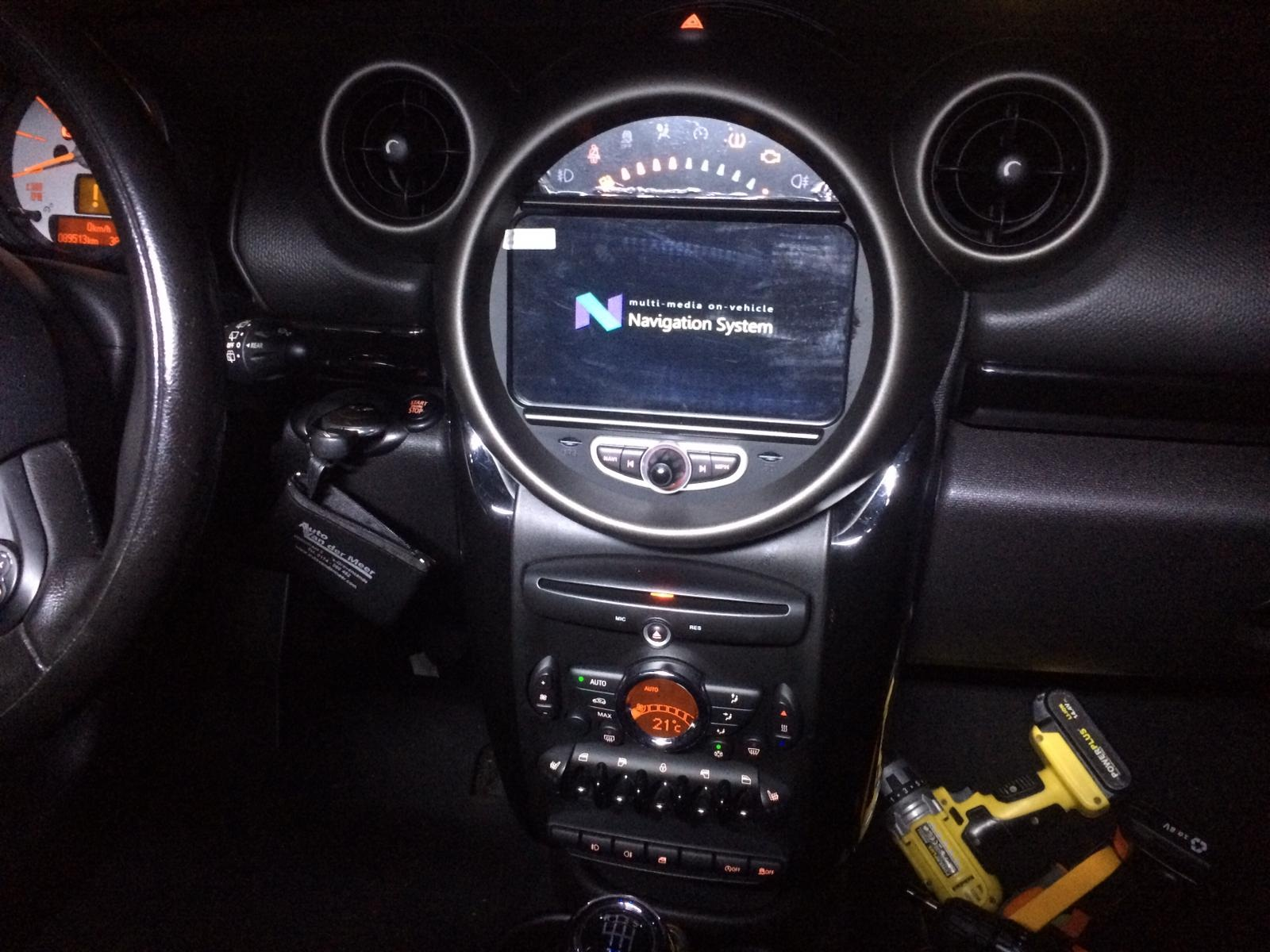 Navigatie Mini dvd carkit touchscreen usb sd wifi android 10