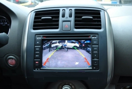Nissan patrol navigatie dvd carkit android 8.1 usb 32gb octacore DAB+